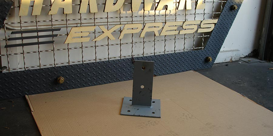 Custom spline post base