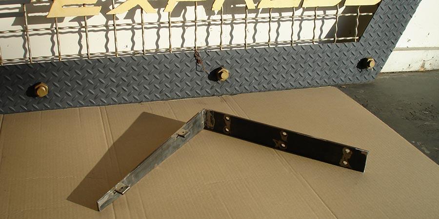 """Custom """"floating"""" shelf bracket"""