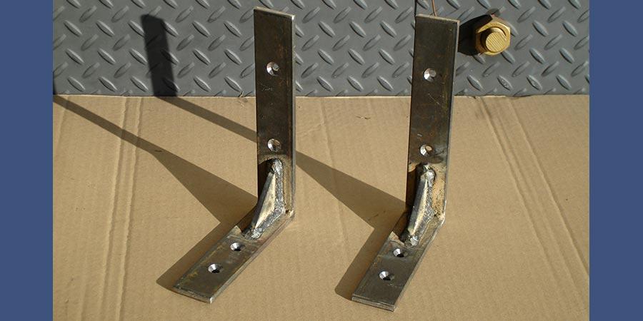 Custom angle brackets